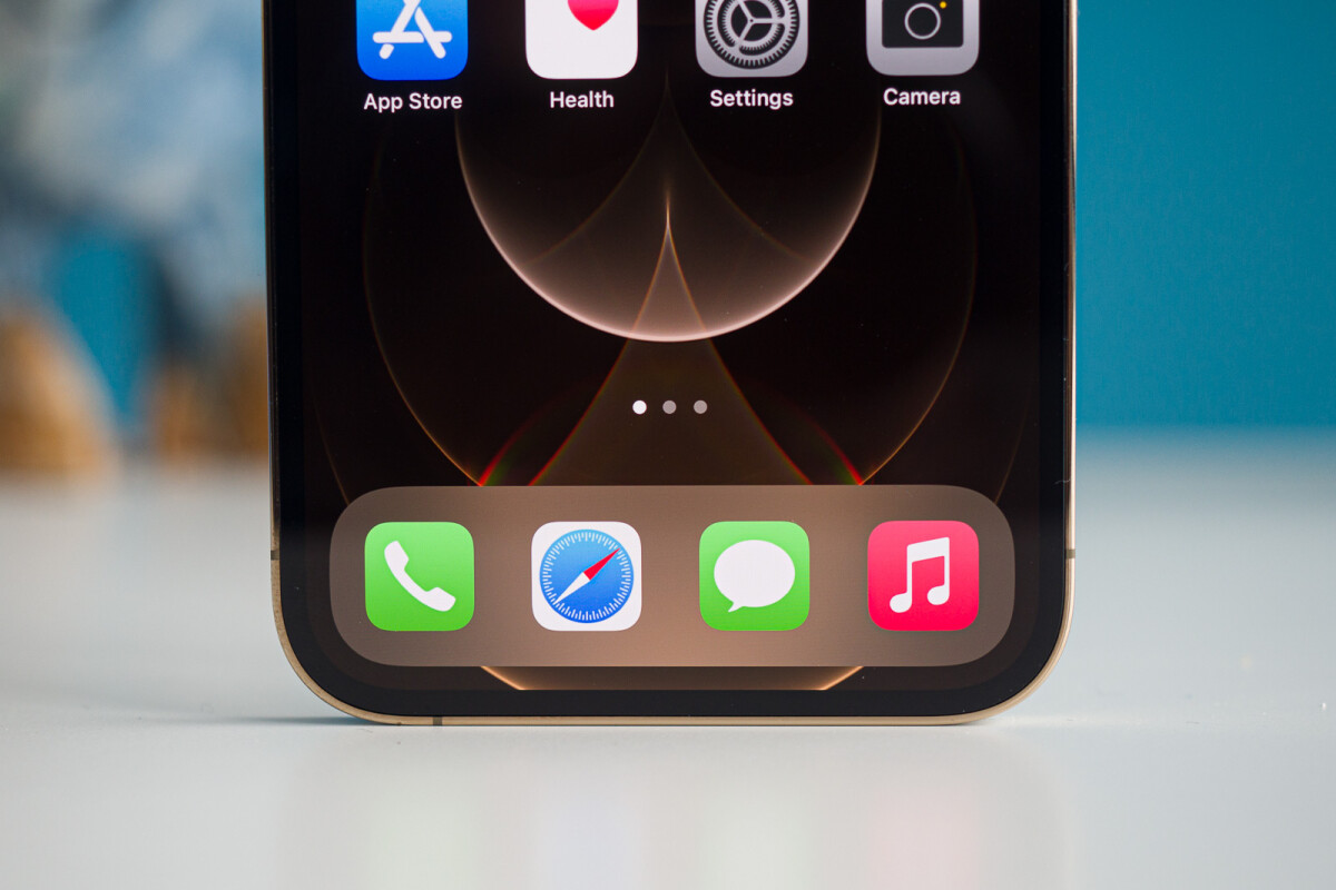 In-screen Touch ID, the current year's iPhones may have