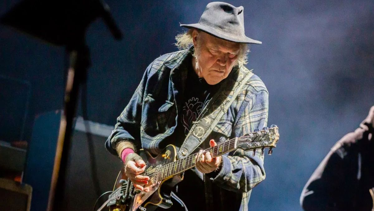 'Coming to You Soon' is the album can reveals which was unreleased of Neil Young 1982
